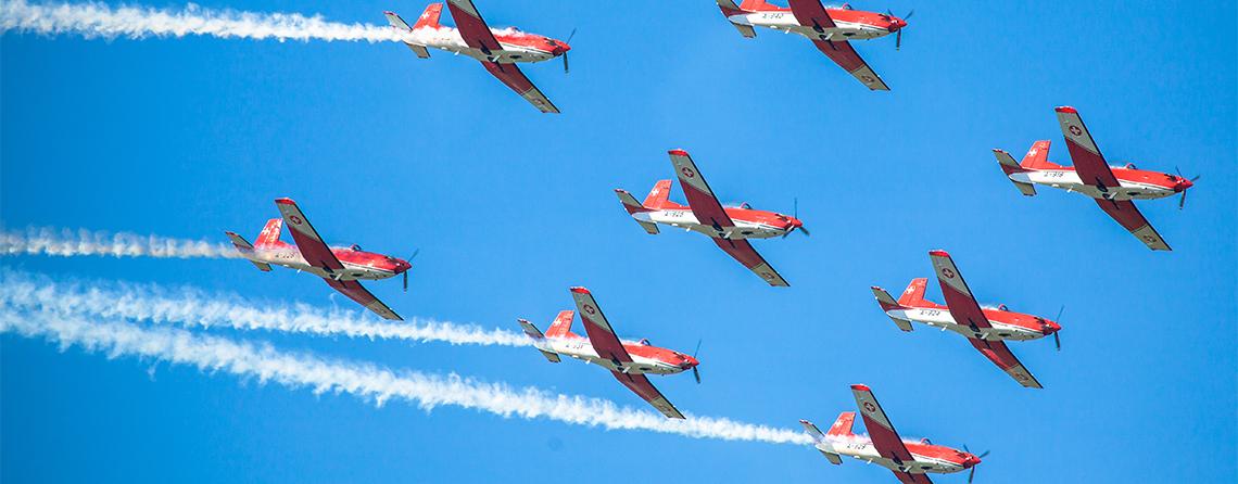 Aircraft fleet management software